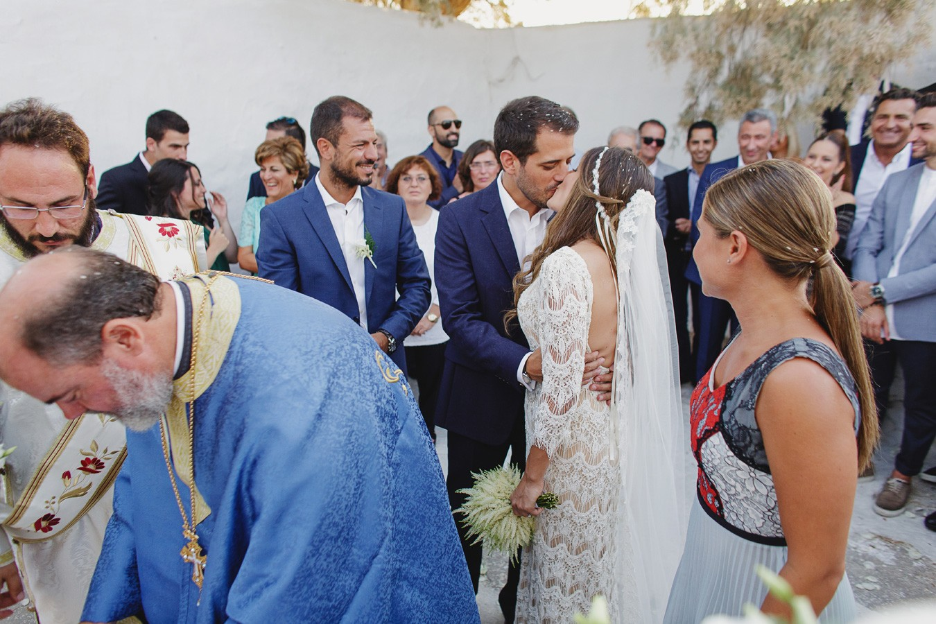 wedding-in-pasaji-mykonos-photos
